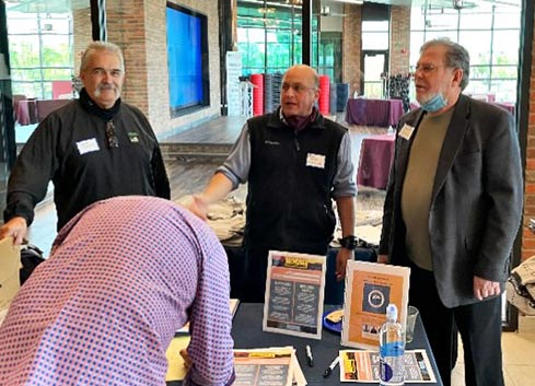 geoff with bobby verdun and rich synnott at cedardale event